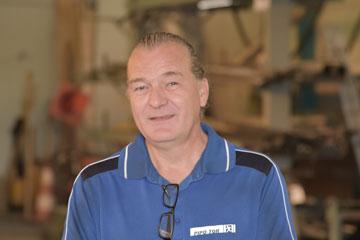 Herr Schmidt - Betriebsleiter