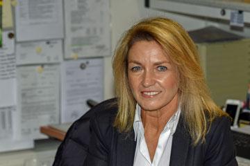 Frau Meyer - Bürosekretärin
